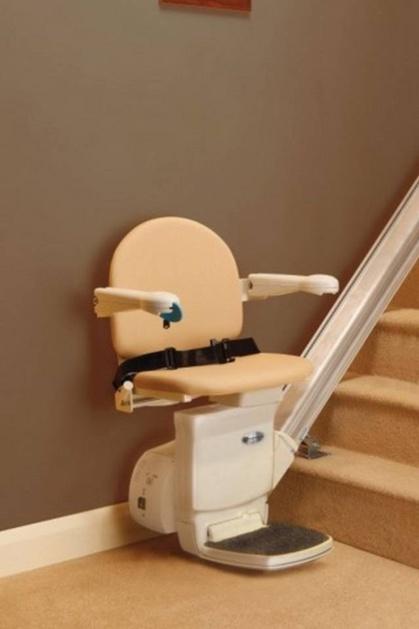Foto modello montascale installato a verona for Montascale per disabili verona